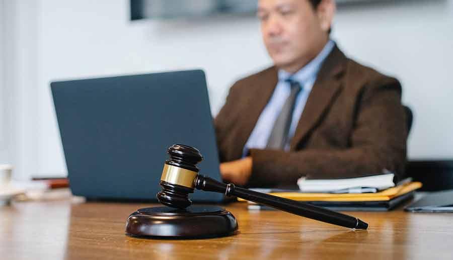 Insurance Adjuster Attorney as Adjuster